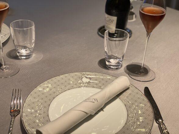 アサヒナガストロノーム テーブル 画像